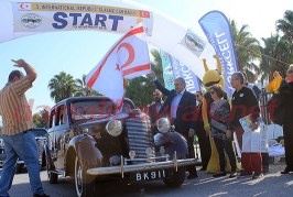 6.Uluslararası Cumhuriyet Klasik Otomobil Rallisi yapılıyor
