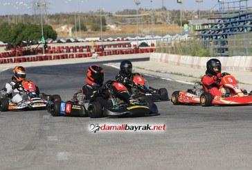 Sezonun üçüncü Karting yarışında 25 yarışmacı