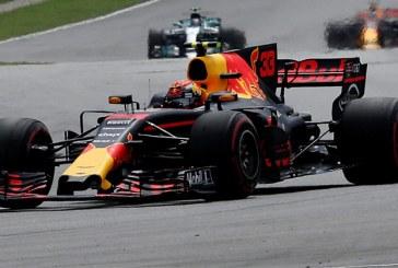 Malezya'da son kazanan Verstappen