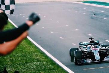 Avrupa yarışlarına Mercedes ilk iki sıra ile başladı